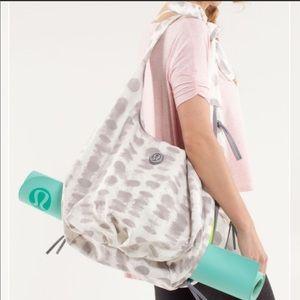 Lululemon Sackasana Seaside Dot Gym Bag